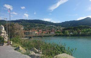 3歳の娘と南フランスの旅 ヴァンティミリア(VENTIMIGLIA)イタリアのマルシェ行ってきました!